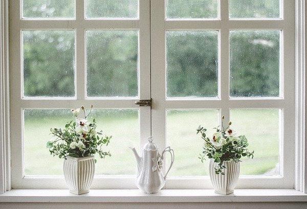 limpiar en la casa ventanas