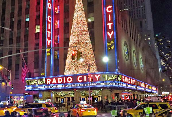para ver Radio City Rockettes