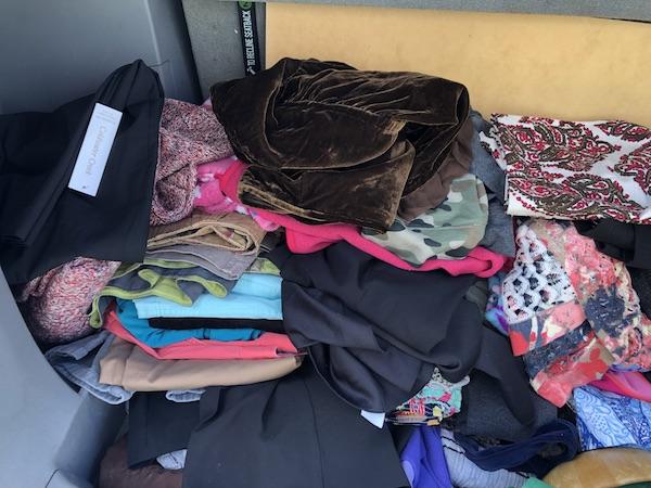 Comprar ropa por libras Goodwill
