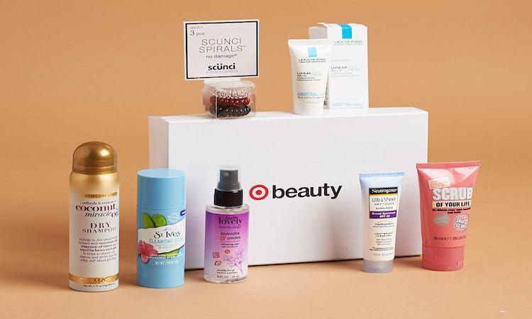 Cajas de productos de Target por correo