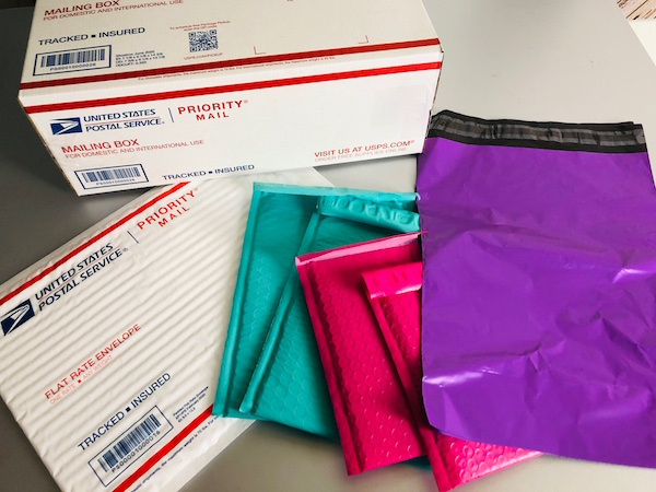 Materiales enviar productos Poshmark